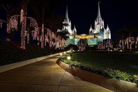Mormon Temple Walkway
